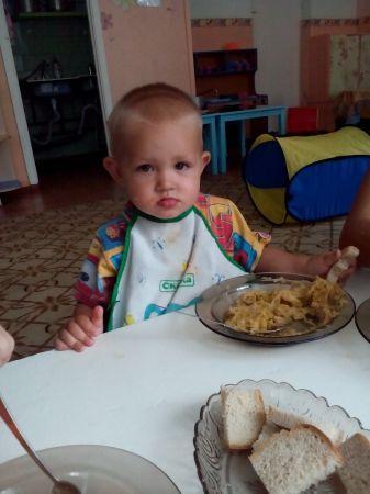 Рома за обедом
