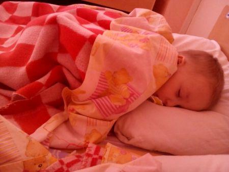 Женя М. спит